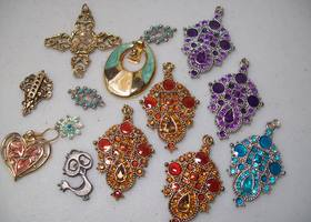 14 Mixed Jewelry pcs.  4 oz.