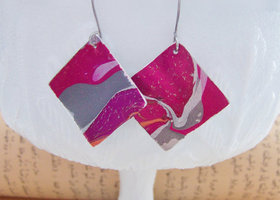 Hand painted aluminum sheet earrings with beautiful abstract pattern - very lightweight and comfortable to wear. OOAK