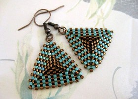 Beaded Peyote Triangle Earrings in Brown and Turquoise