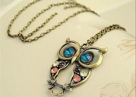 Cute Retro Owl Pendant necklace