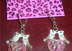 New Betsey Johnson Love Bird Earrings