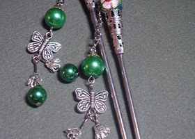 Green Pearl Cloisonne & Butterfly Hair Sticks