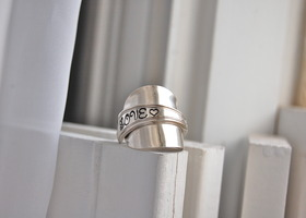 LOVE spoon ring, size 7.5-8