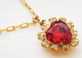 Vintage Red Heart Necklace Gold