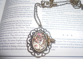 steam punk necklace with hummingbird