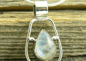 Stunning Moonstone Sterling Silver Necklace