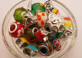 Back to School Euro Bead/Charm/Dangle Mix - 25pcs