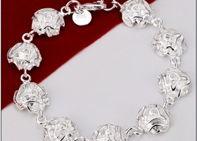 Beautiful 925 Silver Rose Bracelet