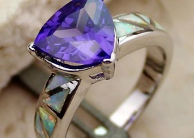 Size 7 8, or 9 Pretty Trillion Amethyst and Opal Ring