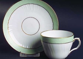 RARE Set of 2 Royal Copenhagen Pattern 952 Cup/Saucer