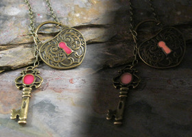 Pink Glow Key to My Heart Lariat Necklace