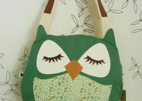 Wendy the Owl Jelly Bean Applique Canvas Tote Purse Handbag Shoulder bag