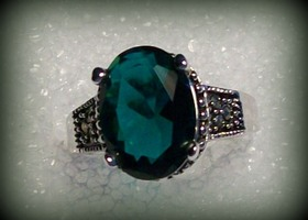 Gorgeous Emerald Quartz, .925 Antiqued Silver