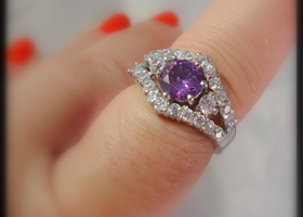 Beautiful Tanzanite 14k White gold Ring! Sz 8