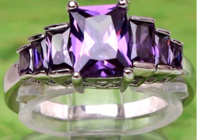 Lovely Princess Cut Amethyst & Sterling Silver Ring