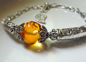 Beautiful Amber Czech Glass Bracelet