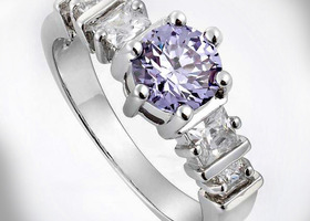 Tanzanite Purple 18K White Gold Ring Sz7