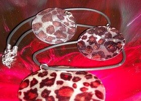Leopard Shell Necklace set