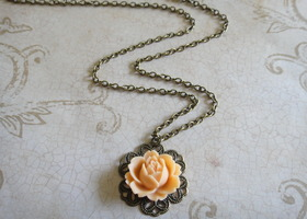 Peach Rose Cabochon Necklace
