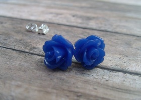 3x Resin Rose Earrings